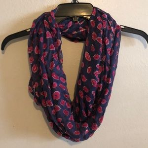 Lilly Pulitzer Murfee Infinity Scarf with Lips